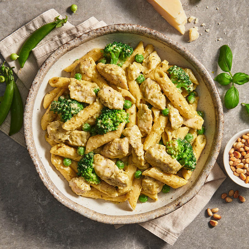 Pesto Chicken With Penne Pasta & Green Vegetables