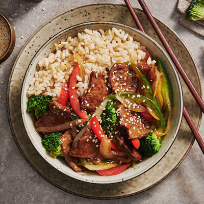 Mongolian Seitan Stirfry With Brown Rice & Vegetables