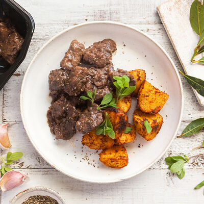 Classic Braised Beef with Potatoes